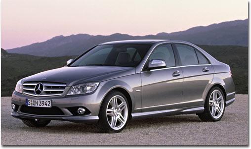Motormobiles nach der weltpremiere der neuen mercedes c for Mercedes benz clase c