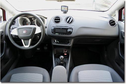 Motormobiles neuer seat ibiza kombi im kurztest for Seat ibiza innenraum