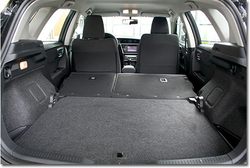 motormobiles toyota auris ii 2 0 d 4d startedition im test. Black Bedroom Furniture Sets. Home Design Ideas