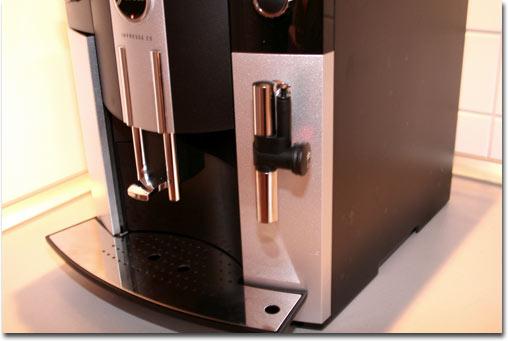 testmagazine kaffeevollautomaten liegen voll im trend. Black Bedroom Furniture Sets. Home Design Ideas